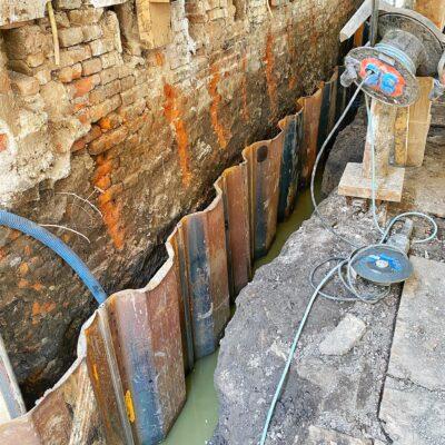 Inpandig sloopwerk fundering, grondwerk en plaatsen damwanden