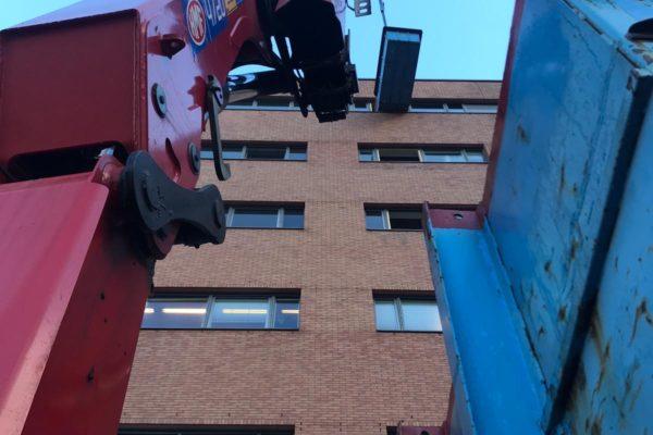 2018-13-11 Afhijswerkzaamheden tijdens verbouwing hotel nabij Amsterdam Sloterdijk (1)