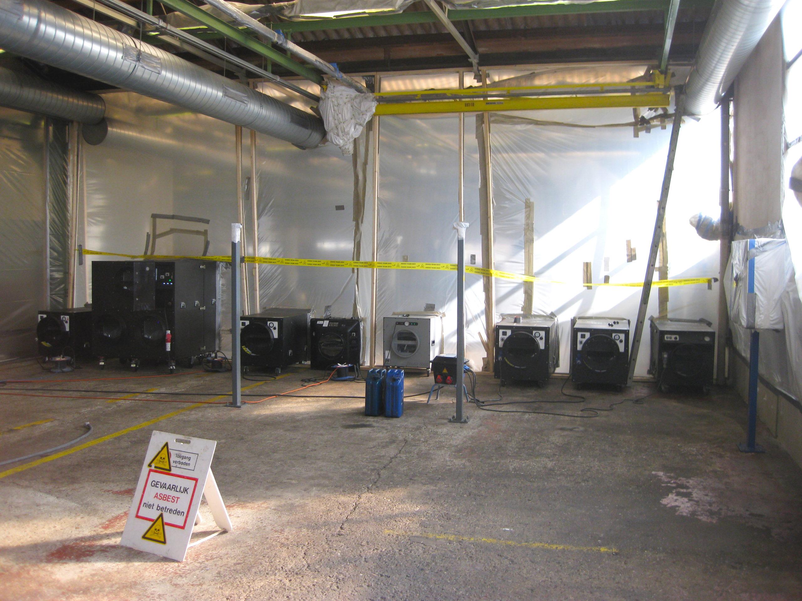 asbestsanering productiehal Nieuw-Vennep